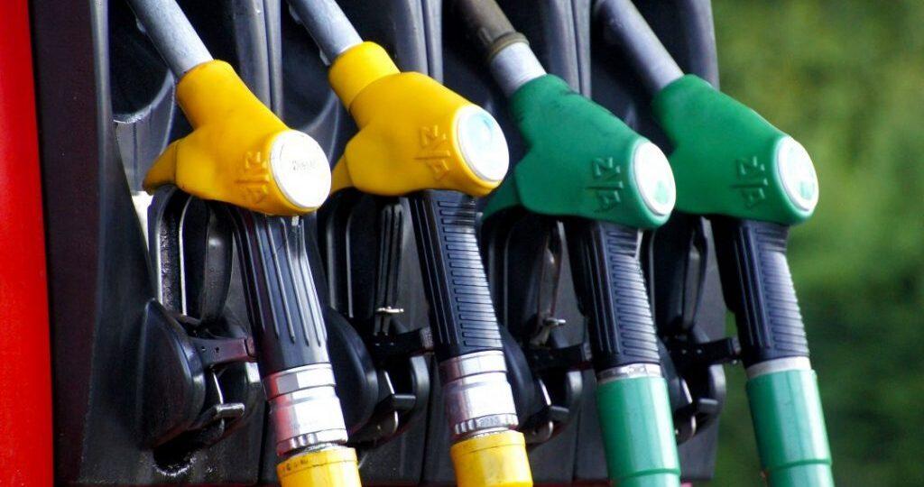 combustivel-gasolina-diesel-carro-automovel-1080x675-1-1024x640